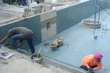 Finishing of pool tiling